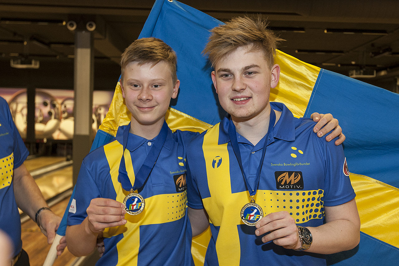 William Svensson og Robert Lindberg frá Svíþjóð sigruðu í tvímenningi á EYC2016